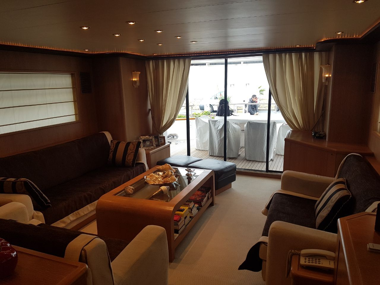 domus_point_motor_yacht_02